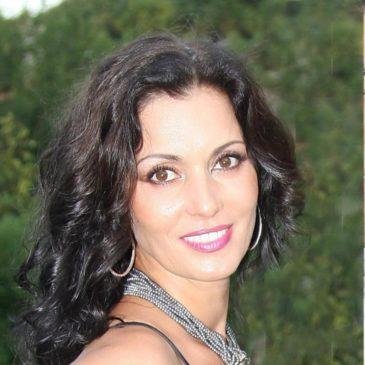 """Ели Ненкова - собственник и управляющий Салона Красоты Beauty&Spa """"SeaSide"""""""