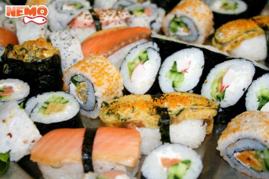 """Всеки ден от 12 ч. до 15 ч. акция -""""Колкото можеш да изядеш суши"""" само за 10 Лева"""