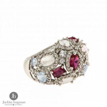 """Пръстен от """" Jacklin Hugasian """" в сребро с рубини, цирконий и розов кварц. Произход Италия. Проба : 925 Размер : N53 Цена: 170 Лева"""